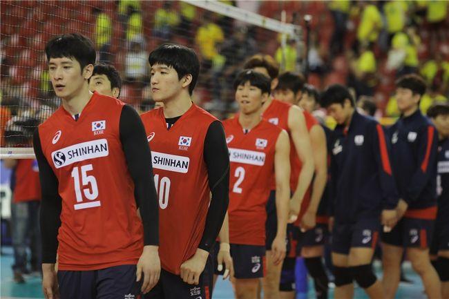 [VNL] 블로킹 4-12 한국, 세르비아에 셧아웃 패배 8연패