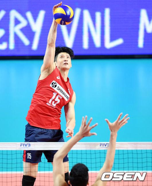 문성민 20점 한국 男 배구, 중국 꺾고 VNL 첫 승 신고