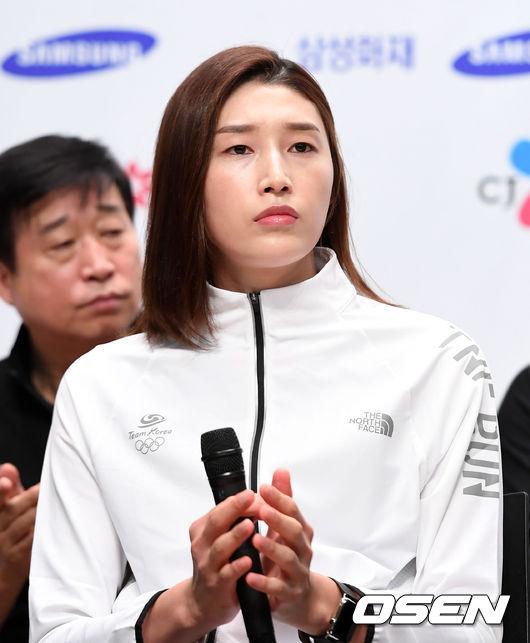 """배구 여신 김연경, """"金 하나 있지만 이번에도 우승이 목표"""""""