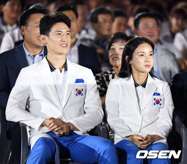 [사진]이대훈-남현희, AG 금빛 미소 기대하세요
