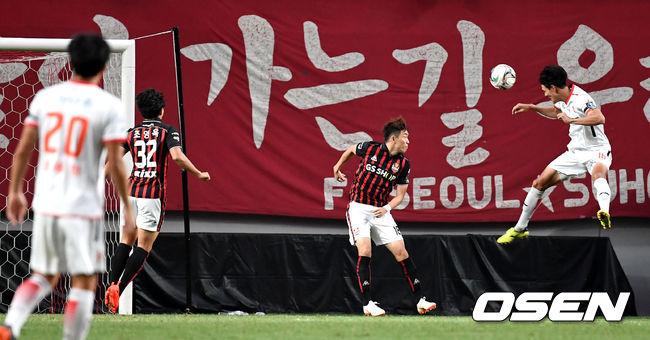[사진]제주 이동수, 헤더로 FA컵 16강 선제골