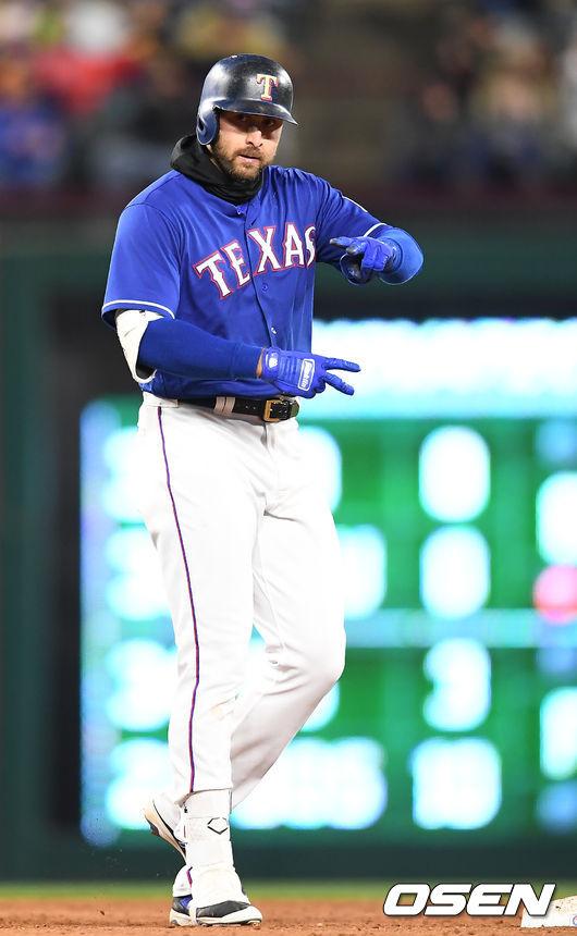 조이 갈로 멀티 홈런  텍사스, 난타전 끝에 승리…추신수 결장