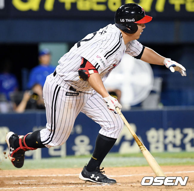 [사진]1타점 내야땅볼 김현수,점수 차 벌린다