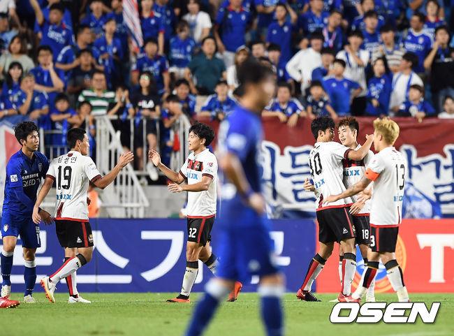 [사진]2-1 승리 FC서울, 수원 삼성 상대로 13경기 무패