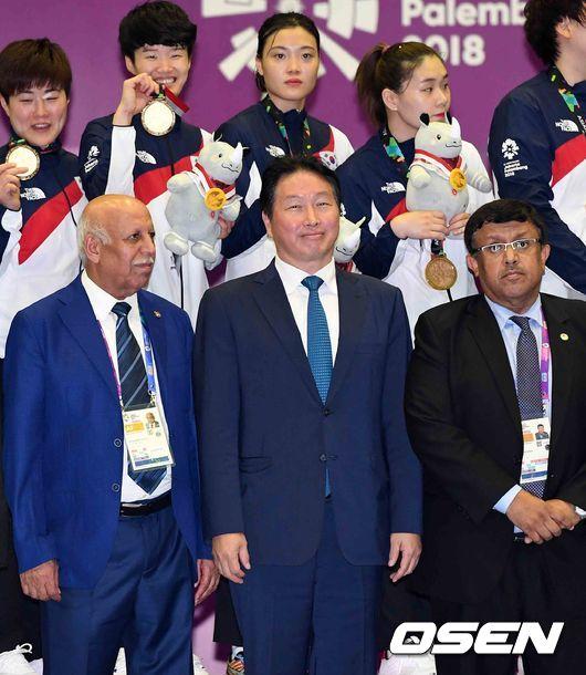 [사진]최태원 회장,한국의 AG 2연패 기쁩니다