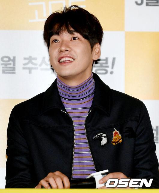 [사진]김영광, 해맑은 표정으로 경청