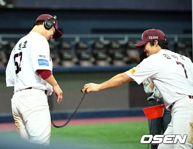 [사진]김하성,병호형! 마이크는 안젖었죠?
