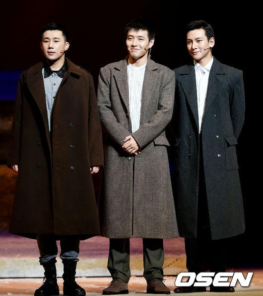 [사진]성규-강하늘-지창욱, 훈훈한 세 장병