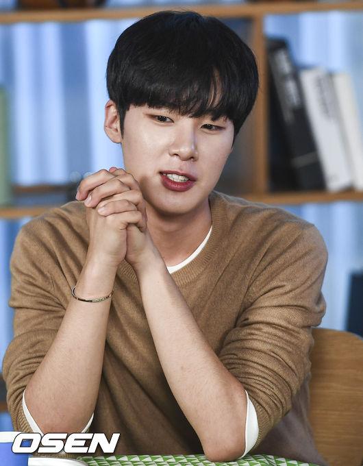 [사진]에이틴 김동희,먹방 정말 기대해요