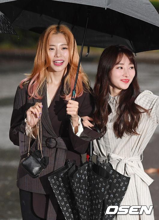 [사진]드림캐쳐 지유-수아,빗속의 여신