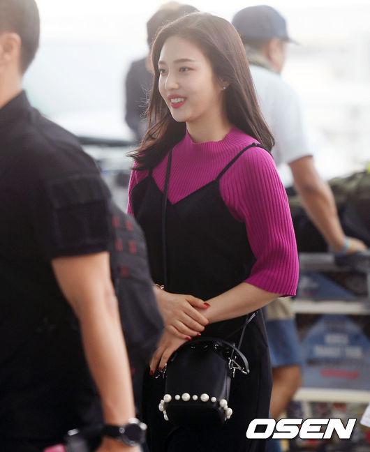 [사진]레드벨벳 조이,싱글벙글