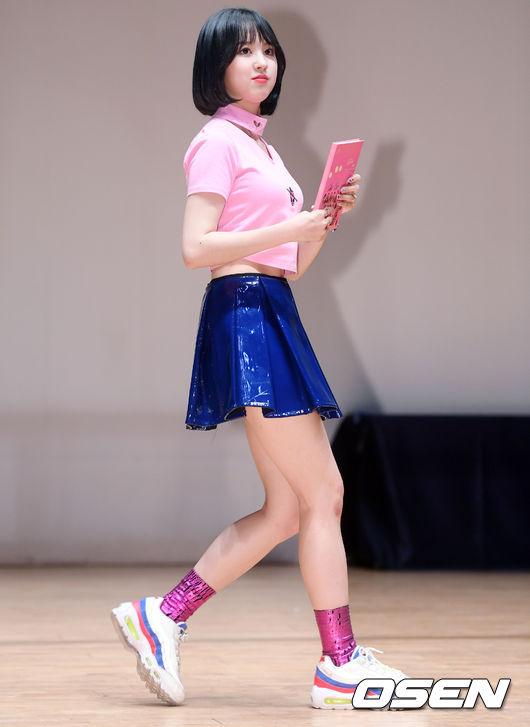 [사진]앤씨아,가벼운 발걸음