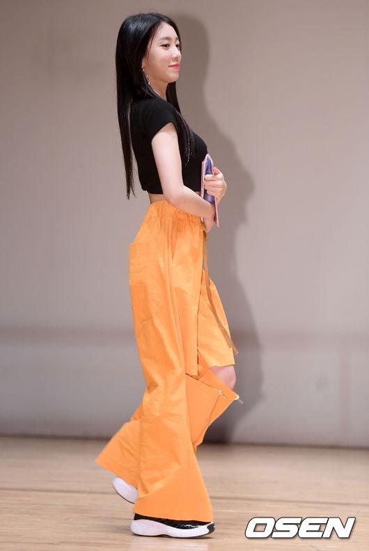 [사진]유니티 이수지,발랄한 발걸음
