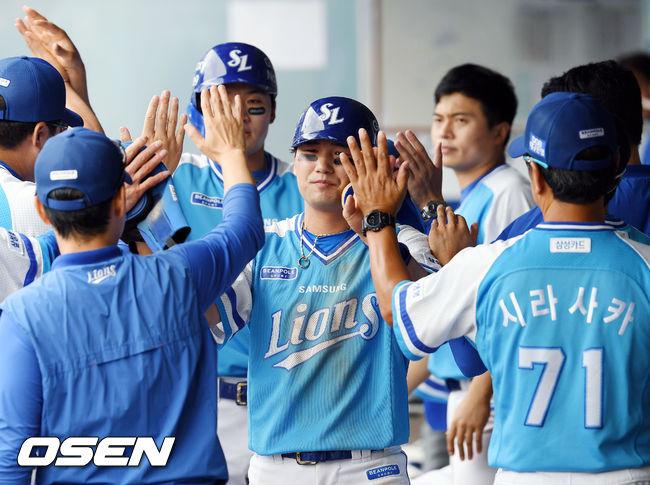 [사진]득점 성공한 김상수-박해민,시작이 좋아요