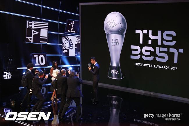 호날두의 FIFA 올해 선수상 투표...1위 바란 - 2위 모드리치 - 3위 그리즈만
