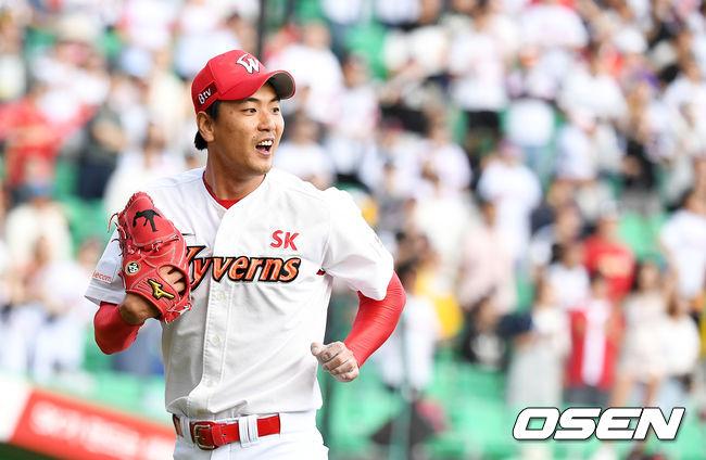 [사진]미소짓는 김광현