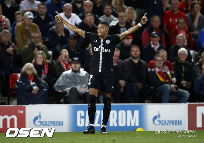 13분 동안 4골 음바페, PSG 리옹에 5-0 완승