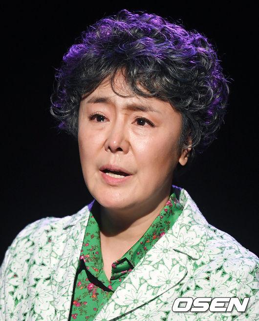 [사진]감동적인 무대 선보인 배우 이주화