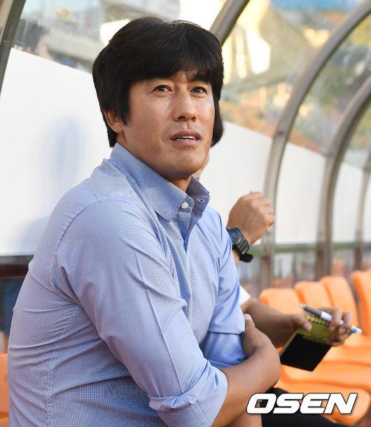 """돌아온 서정원, """"이번 시즌만""""...수원, """"다음 시즌도"""""""