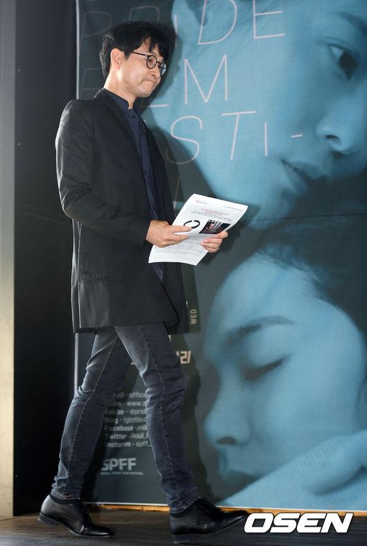 [사진]서울프라이드영화제 기자간담회 참석한 집행위원장 김조광수