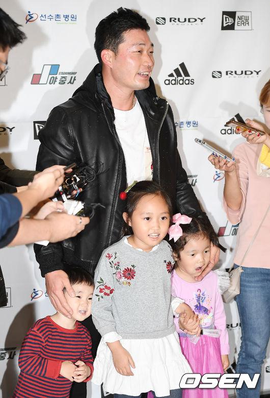 [사진]오승환,조카들과 즐거운 만남