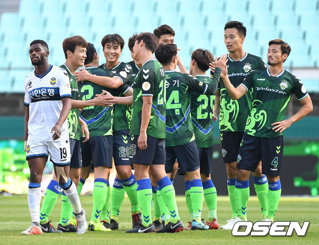 [사진]전북, 인천 잡으며 전 구단 상대 승리 완성