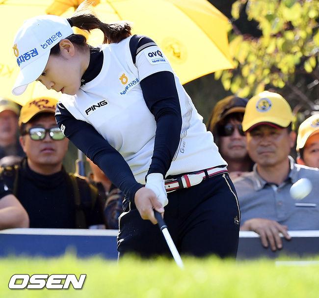 [사진]박민지, 날카로운 샷