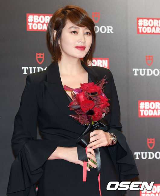[사진]김혜수,꽃보다 아름다운 그녀