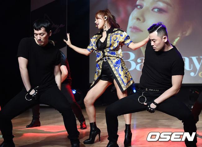 [사진]채연, 섹시퀸의 무대