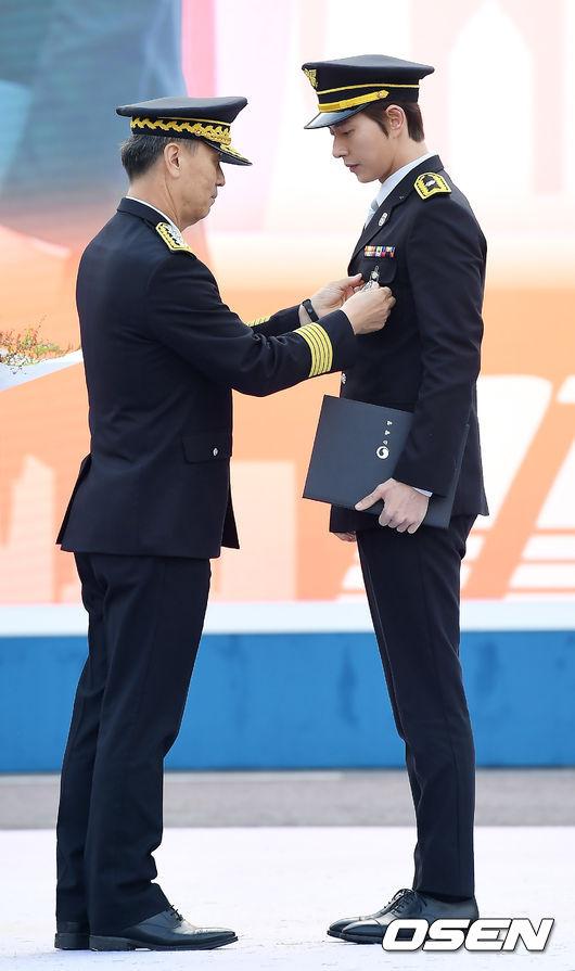 [사진]박해진,자랑스러운 명예소방관