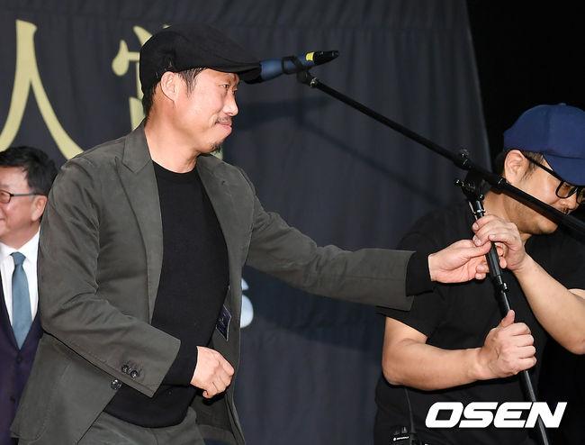 [사진]유해진, 상황 정리도 직접하는 배우