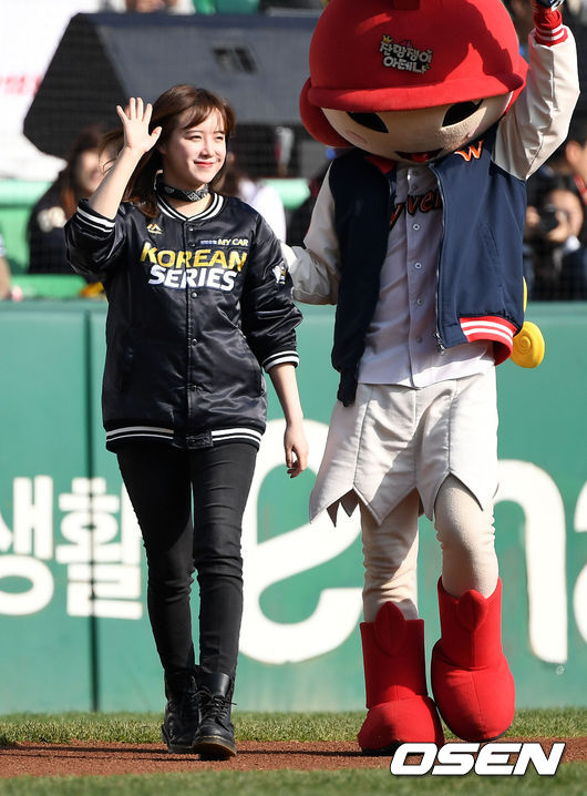[사진]구혜선, 한국시리즈 빛내는 미소