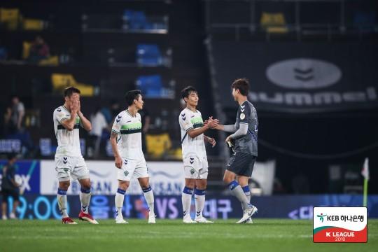 이동국 502G 출장 전북, 제주와 0-0 무... 최다승점 경신