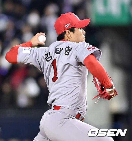 [사진]김택형,위기 넘긴다