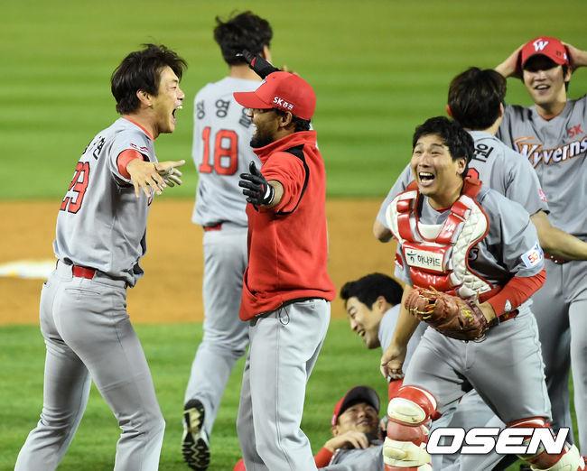 [사진]김광현, 산체스, 우승이다
