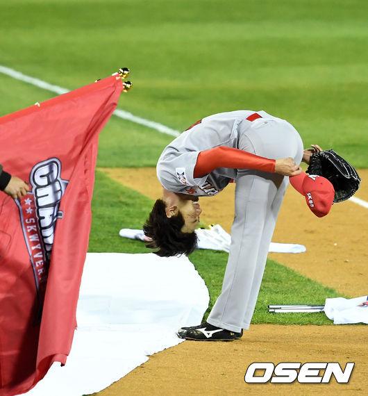 [사진]김광현, 팬들에 감사의 인사
