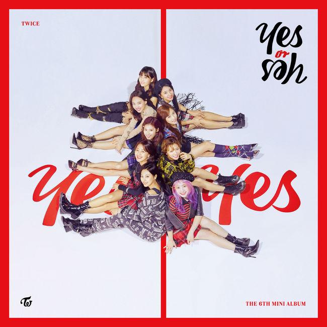 트와이스, 日 오리콘 위클리차트 정상…韓 음반으로 최초 1위 [공식입장]