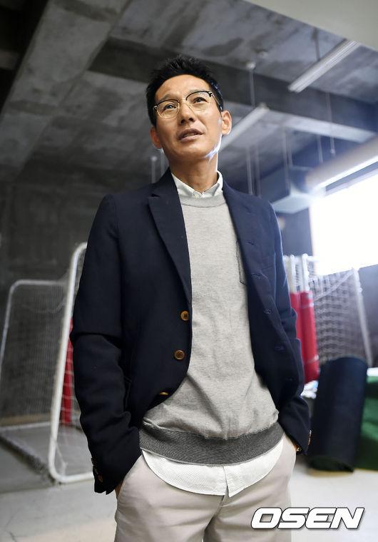 '염경엽 감독 선임' SK, 이제 단장과 FA… 산적한 과제
