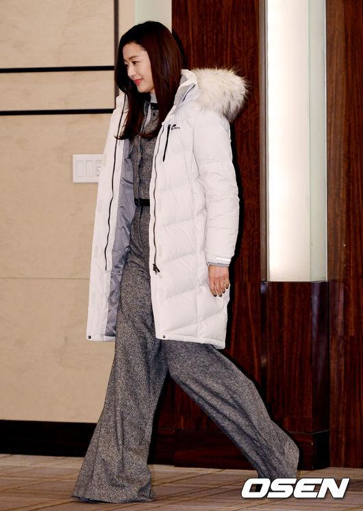 [사진]전지현, 우아한 입장