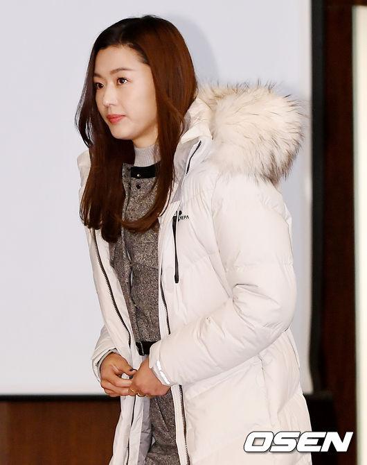 [사진]전지현, 우아한 미모