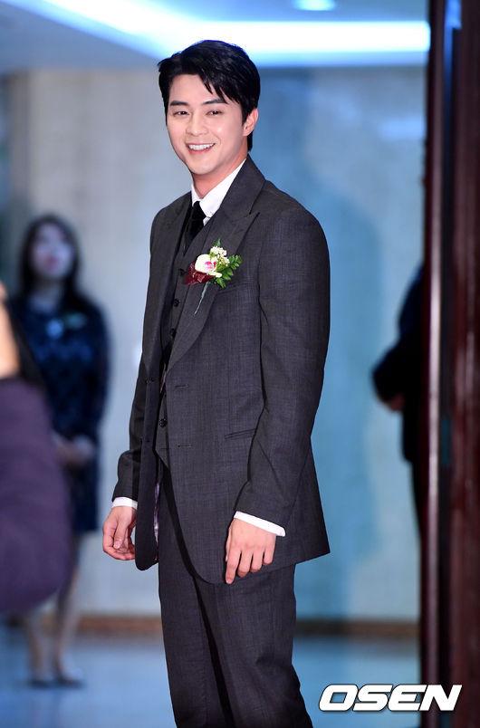 [사진]김지훈, 영평상 빛내는 미소
