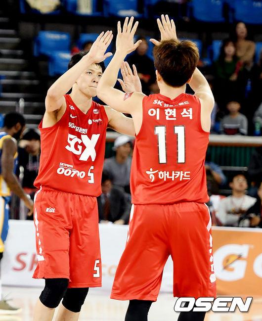 [사진]김선형-이현석, S-더비 승리가 보인다