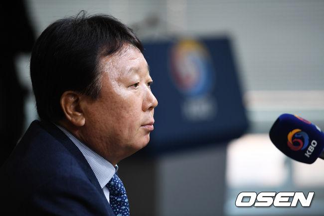 [공식발표] 선동렬 국대 감독, 자진사퇴 참담한 심정