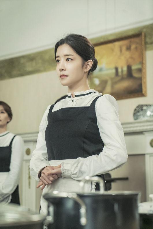 무녀→상속녀 미대생→첩보원..정인선의 직업변천사