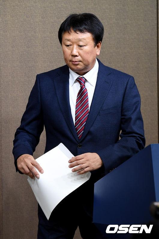 [사진]선동열 감독, 대표팀 사퇴