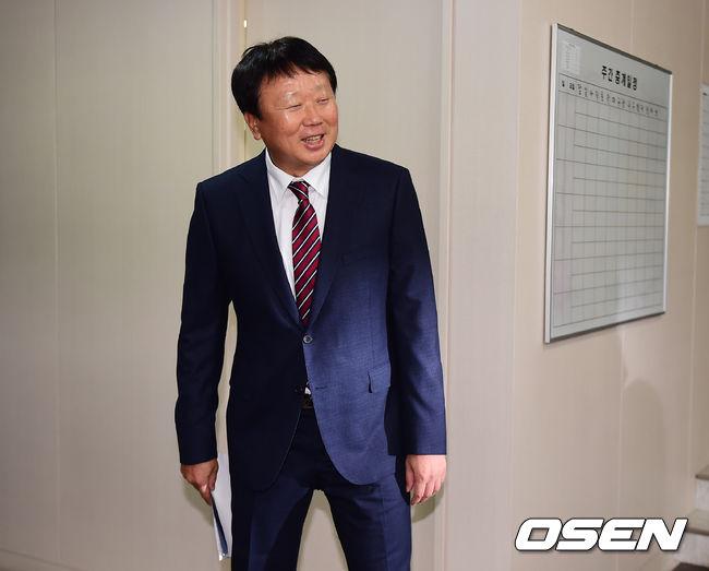[사진]웃으며 떠나는 선동열 감독