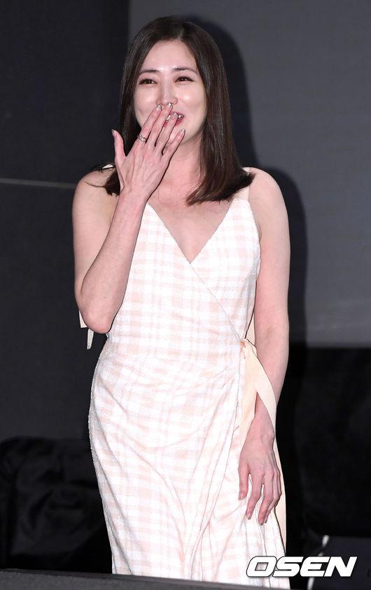[사진]최정원, 수줍은 미소와 함께