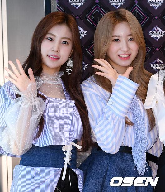[사진]아이즈원 강혜원-이채원, 러블리한 두 소녀