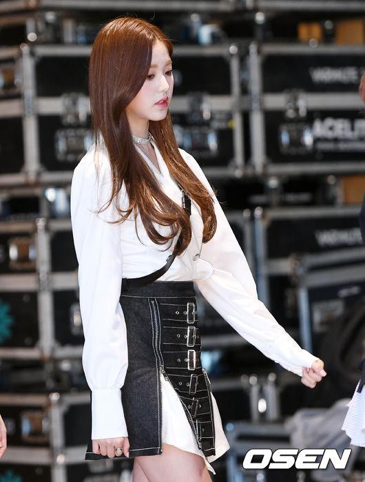 [사진]아이즈원 장원영, 눈부신 미모