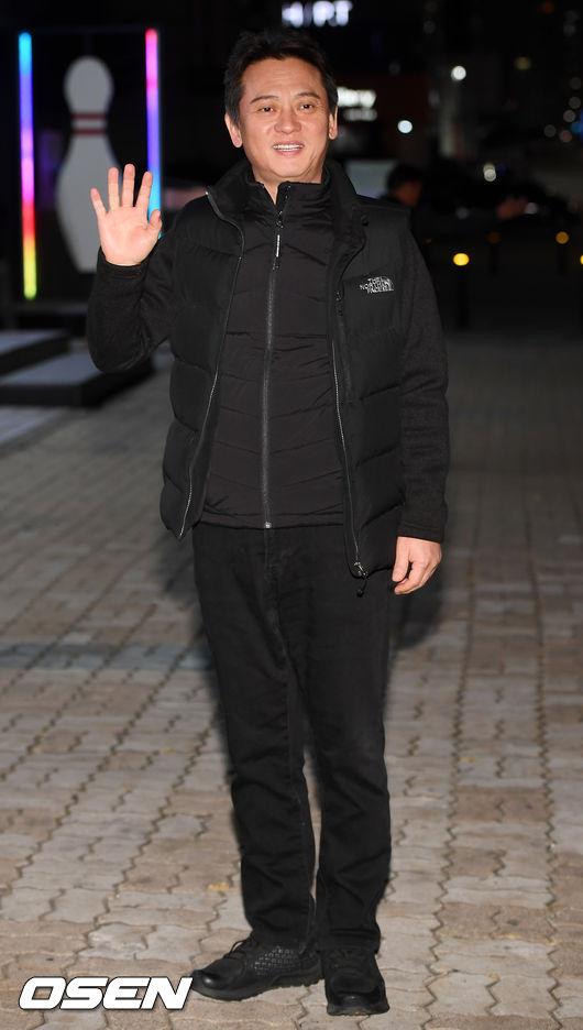 [사진]김병옥,올 블랙 패션